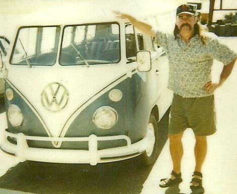 vorbesitzer-eve-13-fenster-deluxe-vw-bus-1967-kalifornien