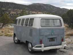 eve-vw-bus-1967-california-black-plates-2012