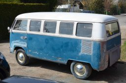 original-paint-seablue-1967-volkswagen-bus