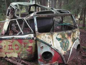 vw-splitbus-wreck-barnfind-kohlruss-barndoor-coachbuild