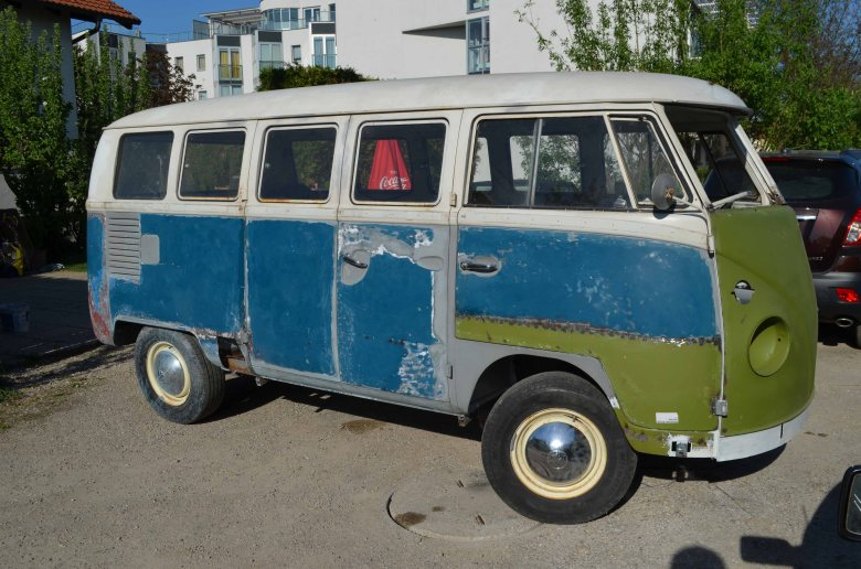 vwt1bus-welding-project-restoration-deluxe