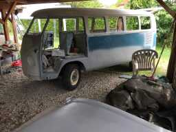 Eve - 1967 VW Bus | AustroSplit