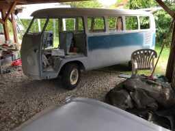 Eve - 1967 VW Bus   AustroSplit