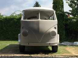 1967 VW Bus - hotrod?