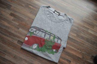 deluxe-vw-samba-bus-wreck-shirt
