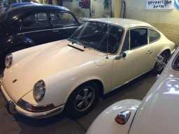 1970-porsche-911-turbo-sportomatic-vintage