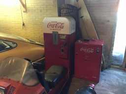 Vintage-Coca-Cola-machines