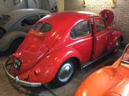 vintage-vw-beetles-split-oval