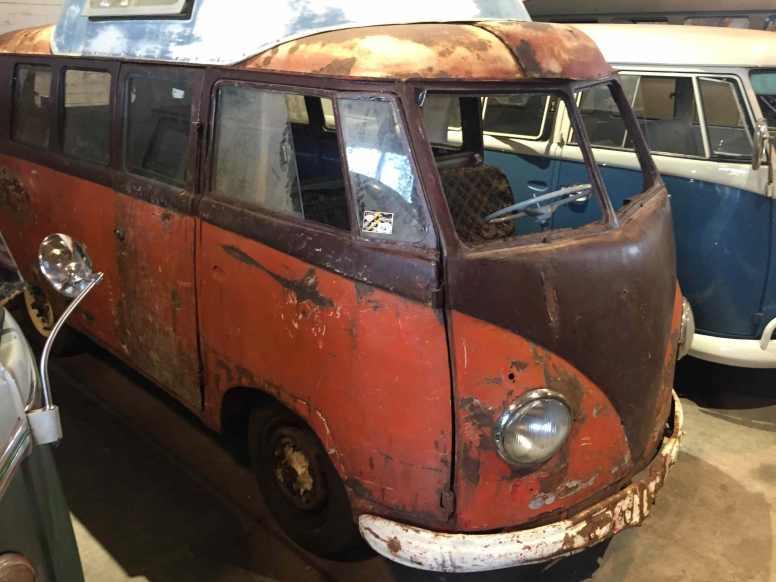 volkswagen-barndoor-bus-rusty-behr-airvent