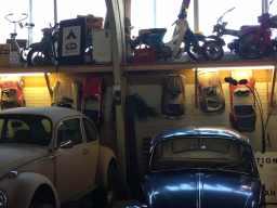 volkswagen-vintage-beetle-pedalcar