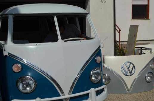 installing-chrome-vw-emblem-volkswagen-bus