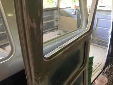 sanding-down-window-frames-vw-splitbus