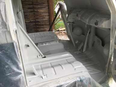 vw-driver-cabin-new-paint-job-t1-bulli