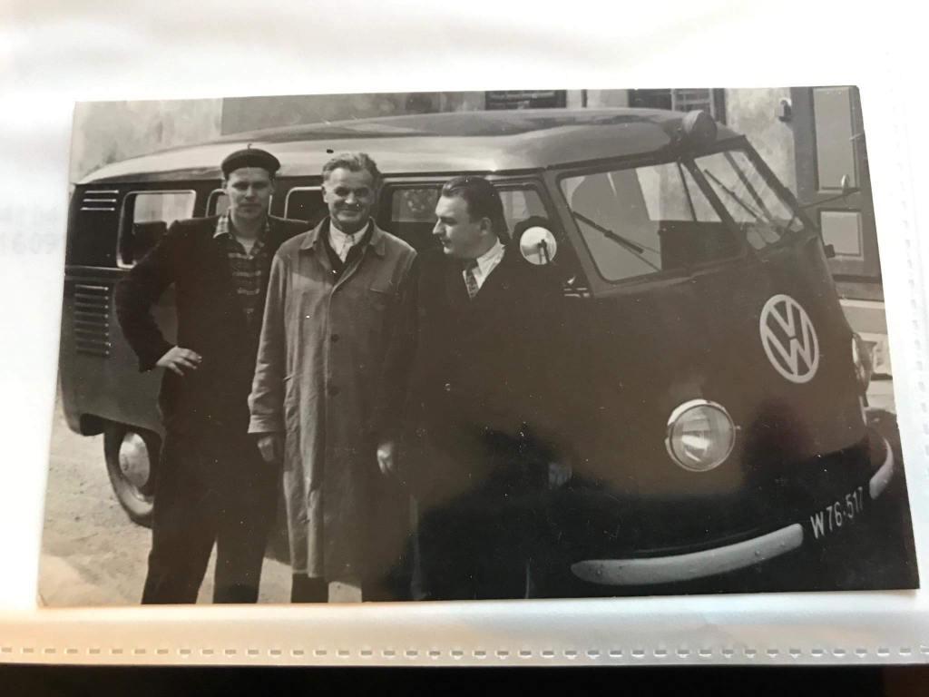 vintage-photo-coachbuilt-vw-kastenhofer