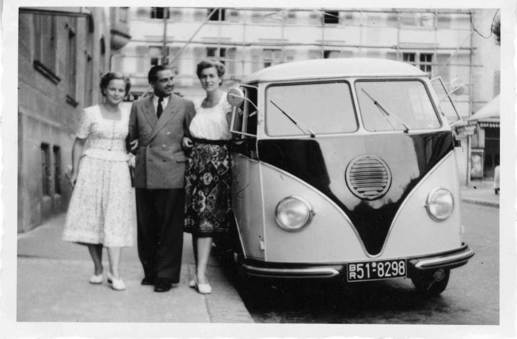 DrOetker-VW-Barndoor-Front-View-8298