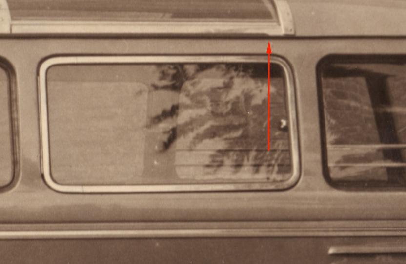 Goeppel-1950-VW-Bus-Barndoor-Deluxe-detail-rain-gutter