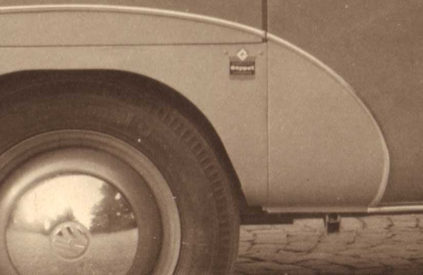 Goeppel-badge-VW-Bus-coachbuilder-1950-jacksupport