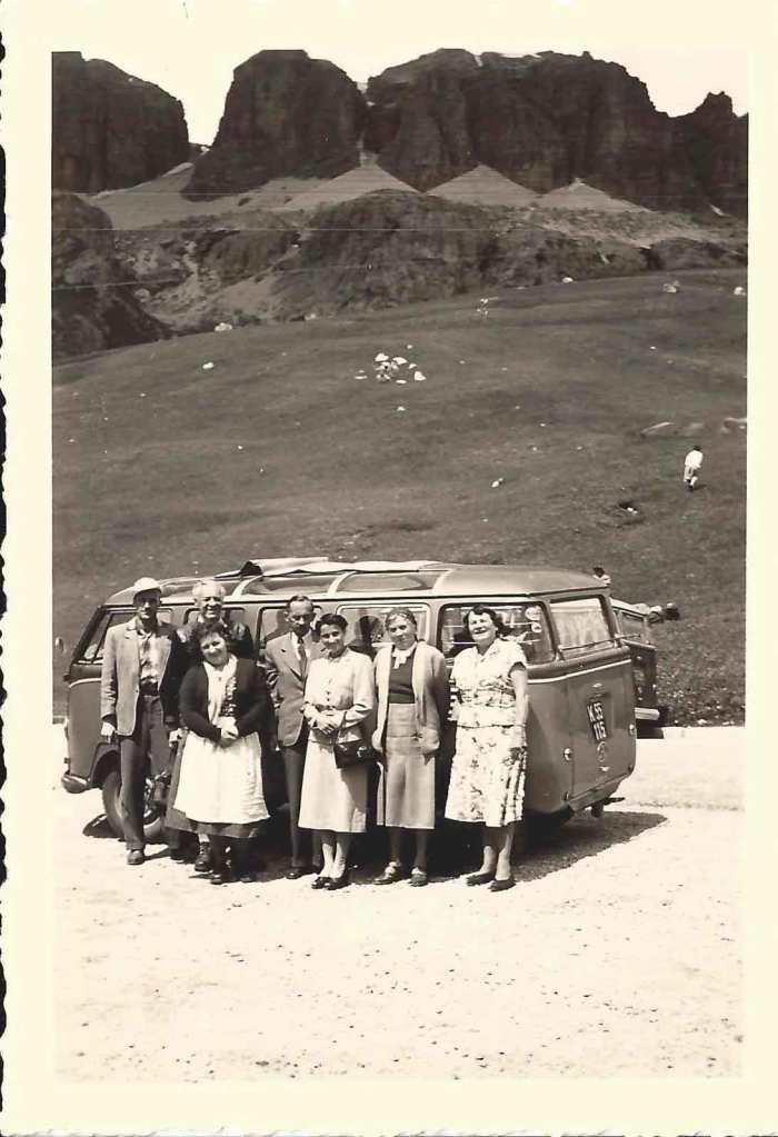 Goeppel-VW-Ausflugsbus-Kaernten