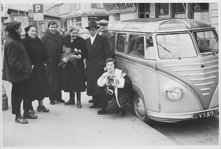 Mittelberger-VW-Bus-Goeppel-Coachbuild